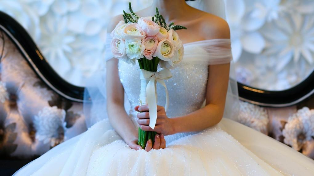 Замуж невтерпёж: в Новосибирске резко вырос спрос на свадебные платья
