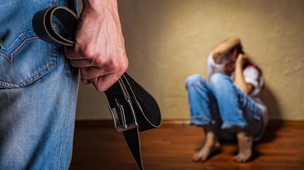 Живи и терпи: прижмут ли к ногтю семейных насильников?