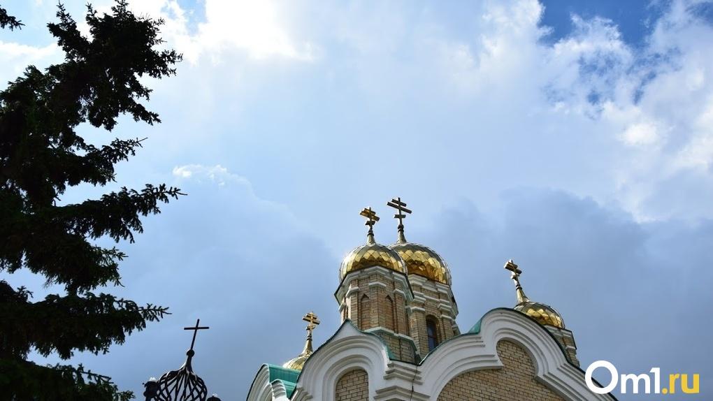 «Мало ли, какие бесы». Омский коммунист пытался защитить храм от передачи в собственность православных