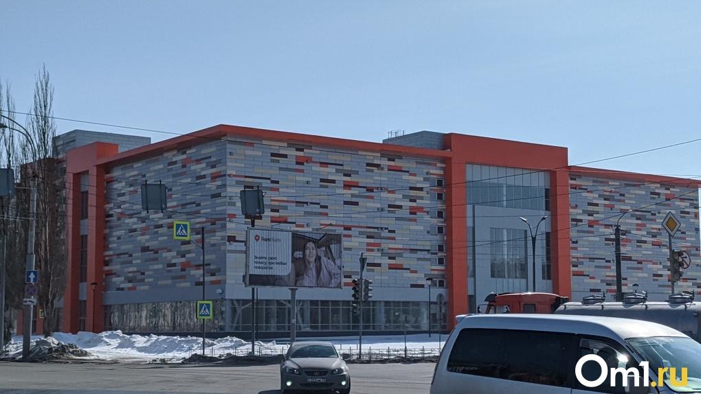 Торговый центр в парке 30-летия ВЛКСМ в Омске планируют открыть в ноябре
