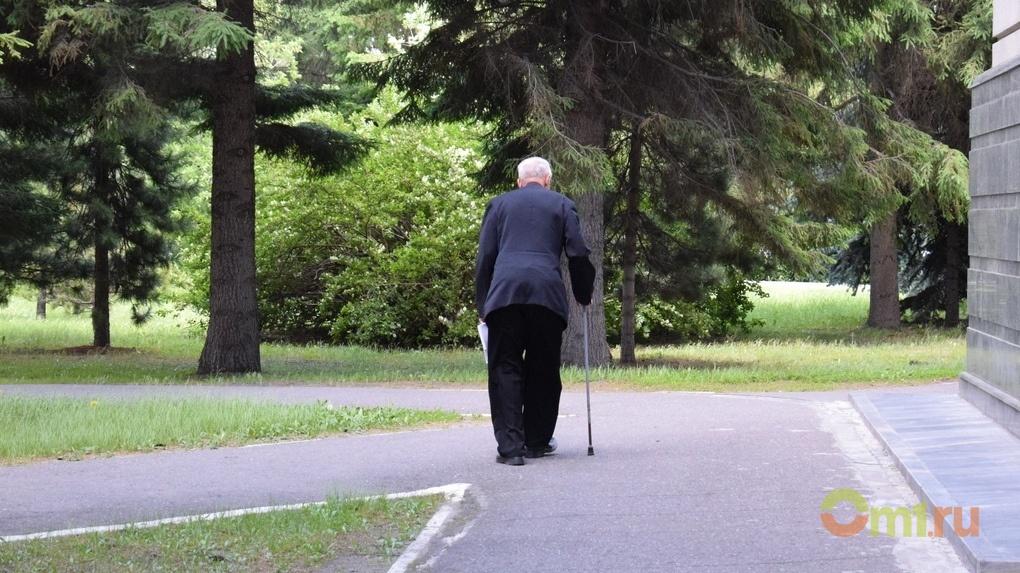 Омские пенсионеры остаются с самым минимальным прожиточным минимумом