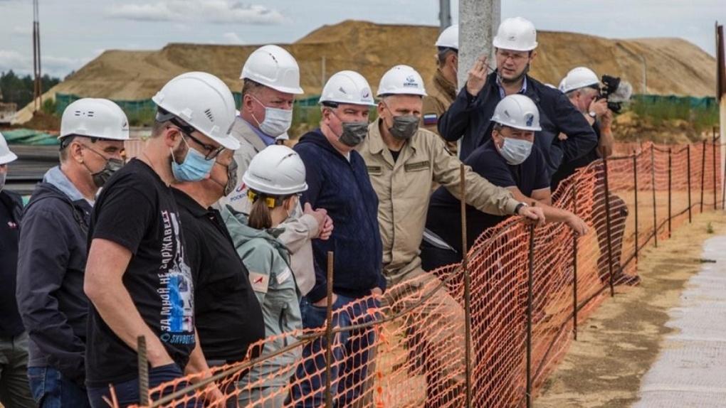 Глава Роскосмоса Дмитрий Рогозин оценил новосибирские «самоочищающиеся» маски от коронавируса