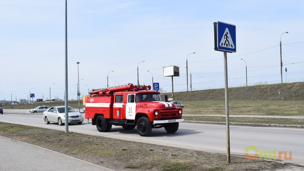 В Омске горело общежитие: спасено 40 человек