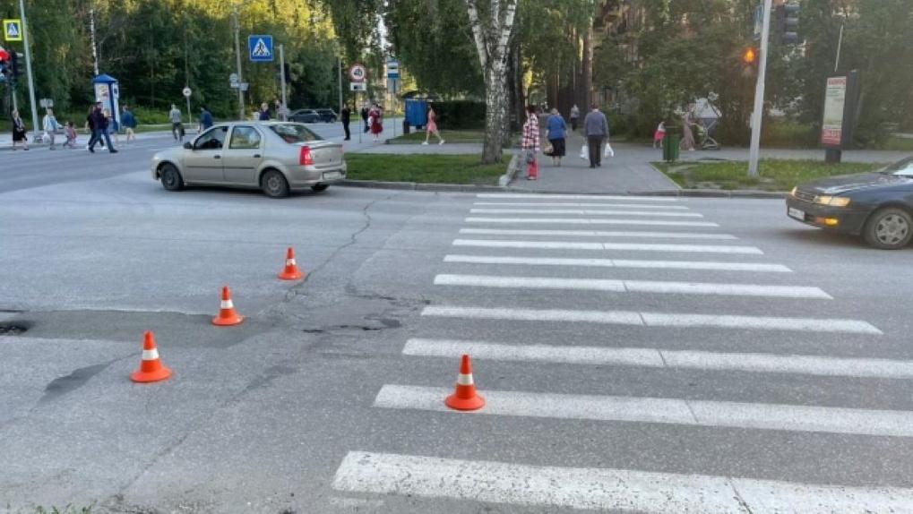 Пенсионер на Lexus сбил 13-летнюю велосипедистку в новосибирском Академгородке