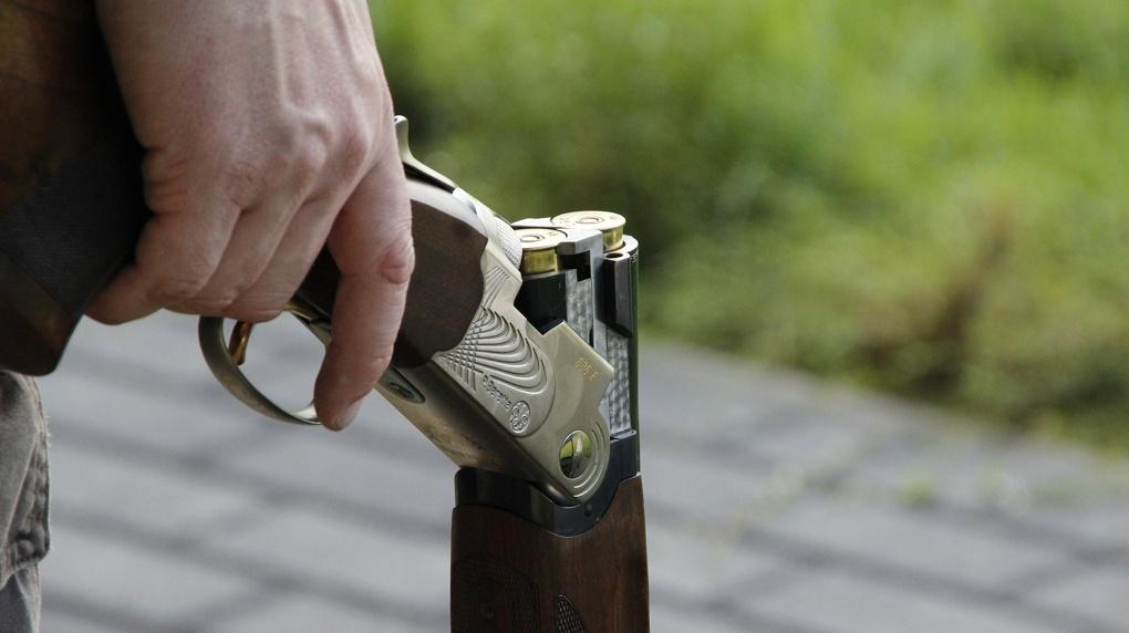 Новосибирец застрелил мужчину во время охоты