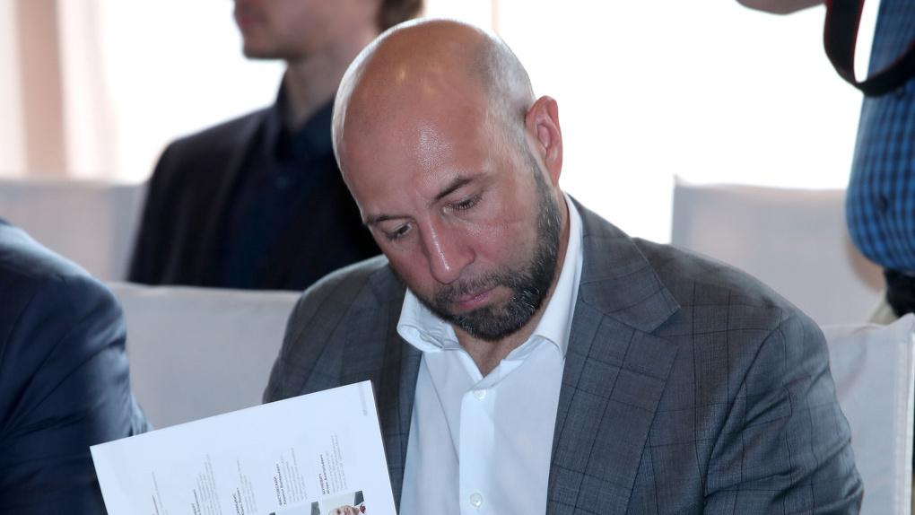 Президента омского «Авангарда» Сушинского обвиняют в незаконной обналичке. В его доме прошли обыски