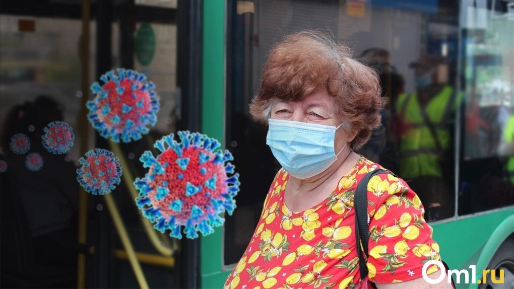 Автобус – очаг заражения: из новосибирского транспорта массово высаживают пассажиров без масок