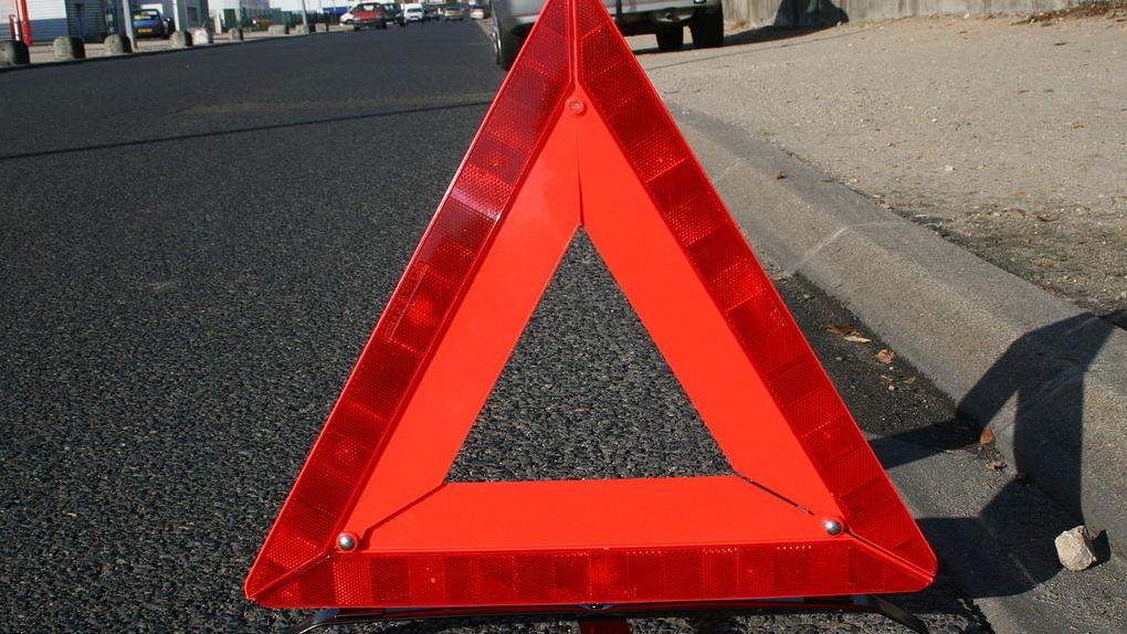 Смертельное ДТП в Новосибирской области: водитель иномарки въехал в грузовик и погиб