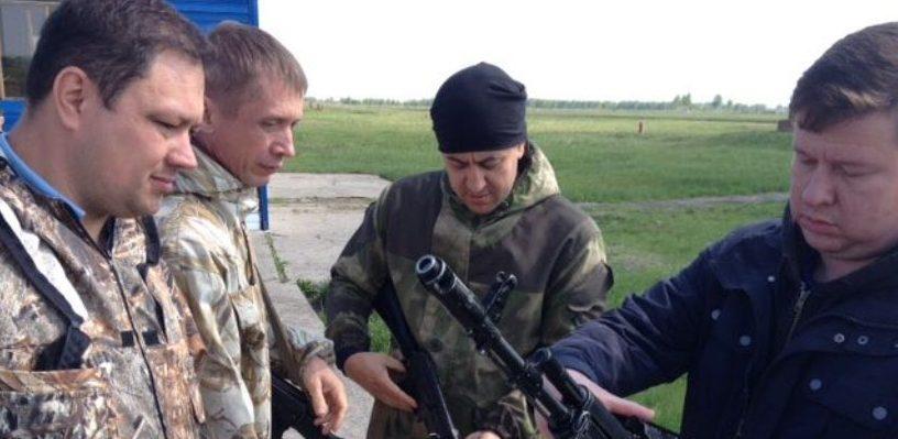 Каракоз стрелял и водил спецтехнику на военных сборах - ФОТО