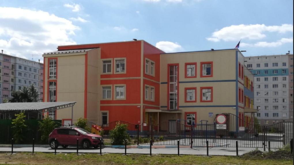 СРОЧНО! В Новосибирске минируют школы и детсады