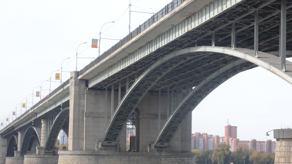 В Новосибирске снесут 180 гаражей для строительства моста