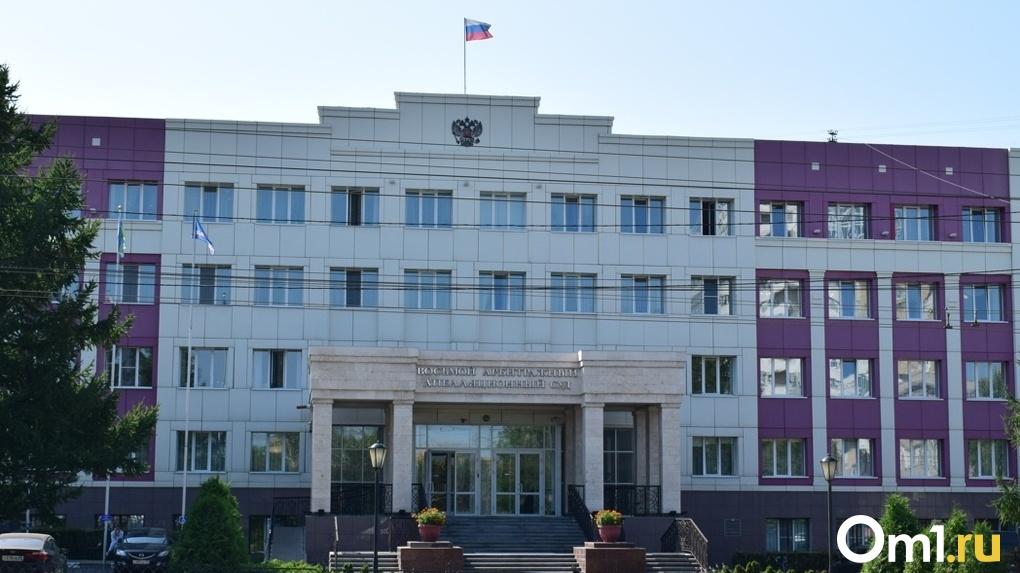В Омске признали незаконными вывески «Куриная Республика»