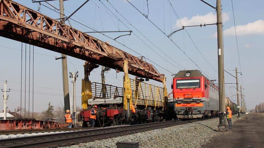 Омские железнодорожники досрочно завершили ремонт первого участка пути на Транссибирской магистрали протяженностью более 14 км