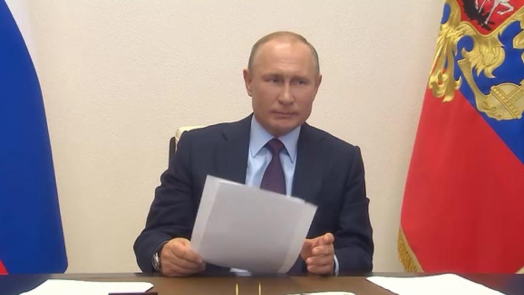 «Надо доукомплектовать». Путин прокомментировал нехватку коек с ИВЛ в Омске