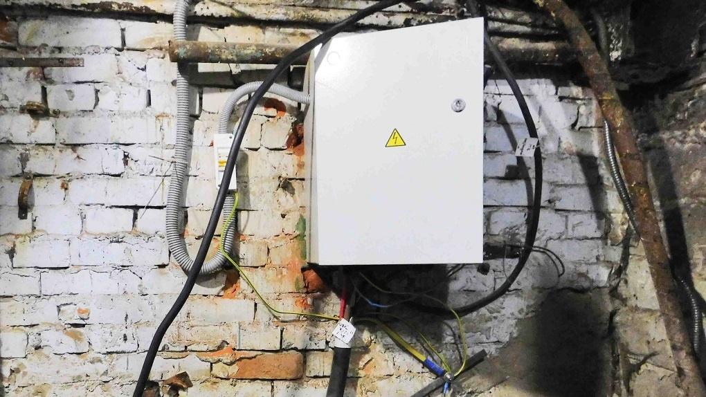 Новосибирцам объяснили, почему важно следить за состоянием электроустановок