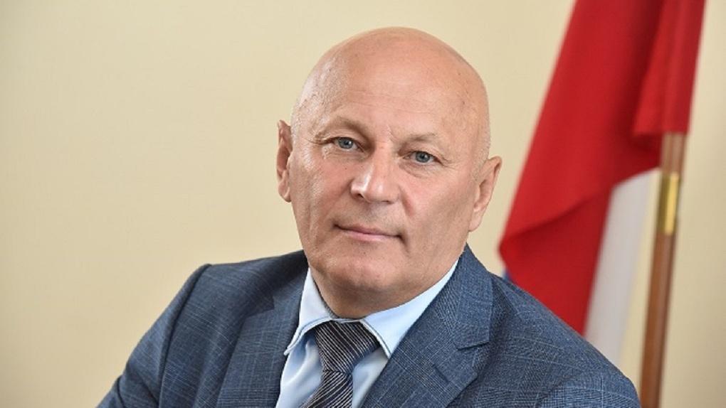 Омский губернатор Бурков решил сократить количество заместителей министра Дрофы