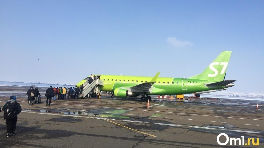 Новосибирская авиакомпания S7 стала крупнейшим авиаперевозчиком в России