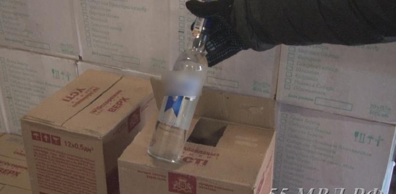 Очередной омич попался на торговле «левым алкоголем»