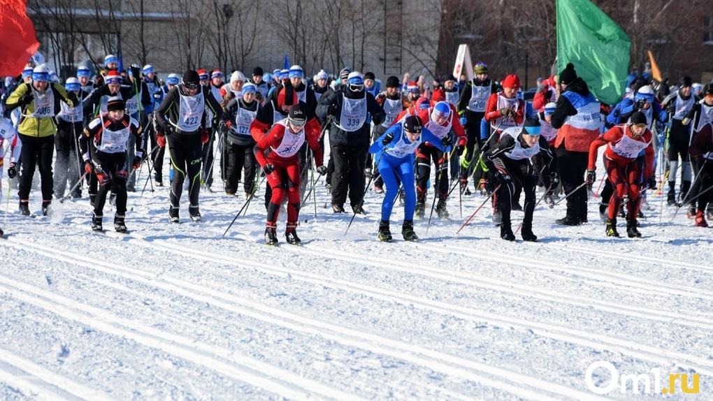В Омской области «Лыжня России» собрала более 6 тысяч участников, среди которых был и Александр Бурков