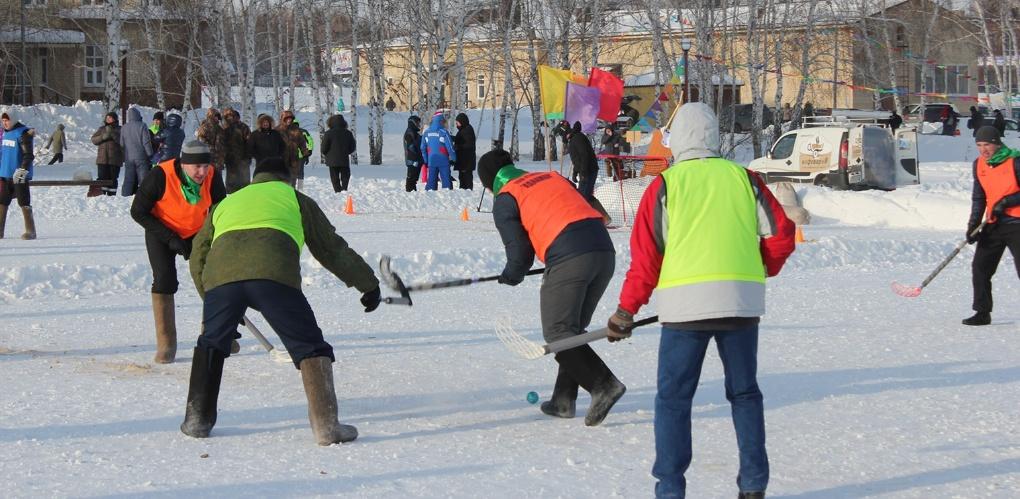 Названы имена омских министров, которые стали хоккеистами в валенках