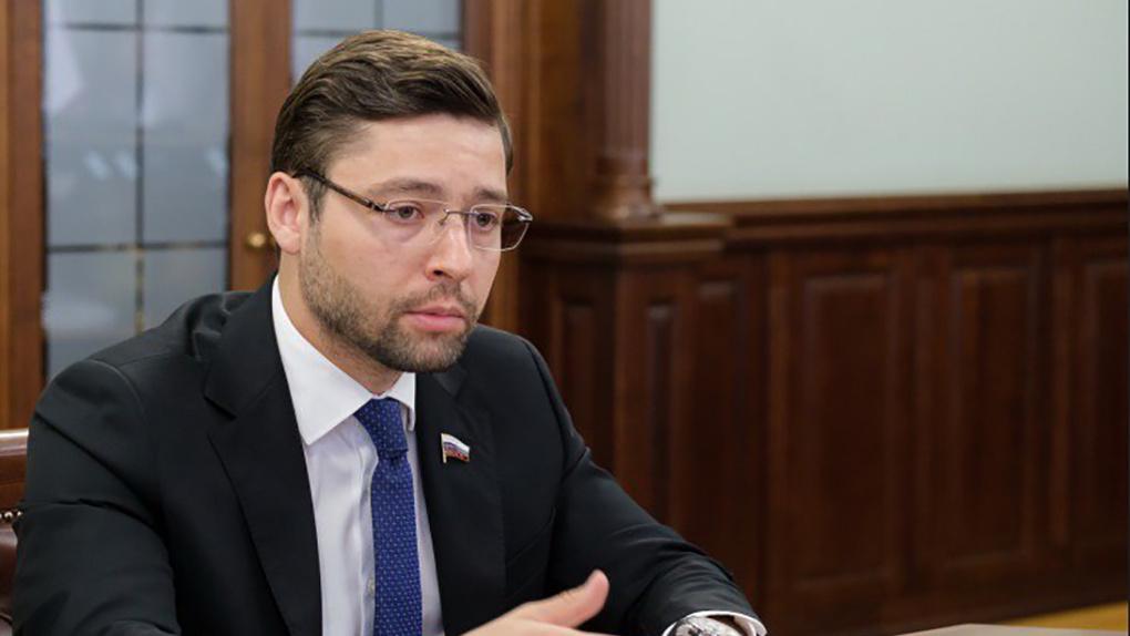 Депутат Госдумы спросит с правоохранителей и исполнительной власти за новосибирские долгострои