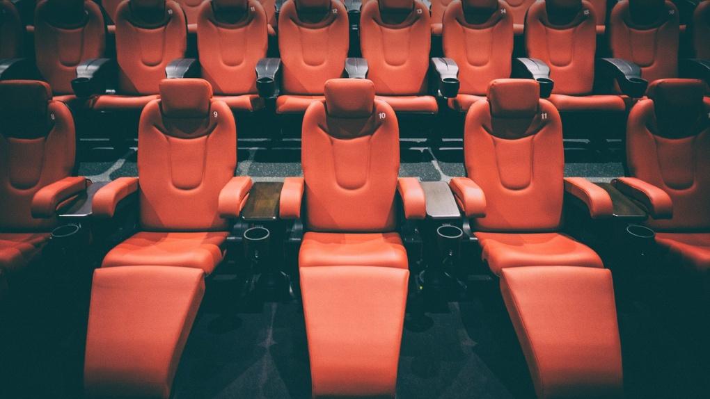Новосибирские власти рассказали, когда откроют кинотеатры