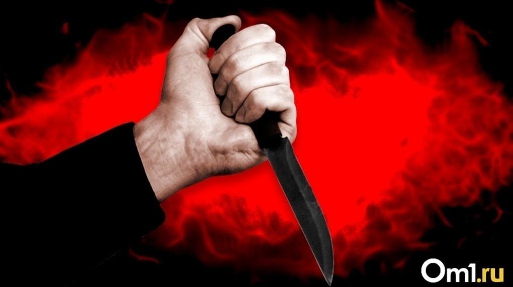 С ножом напал на продавщицу: новосибирцу грозит 10 лет колонии и штраф в один миллион рублей