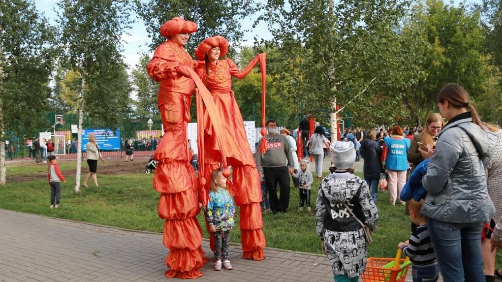 Детскую спортивную площадку за два миллиона открыли в Новосибирске