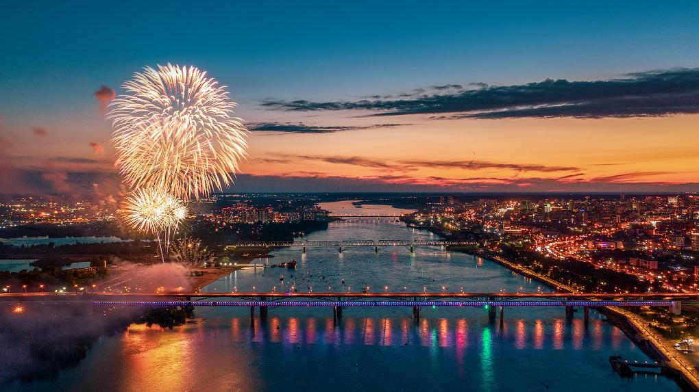 Известный новосибирский фотограф Слава Степанов показал город с высоты