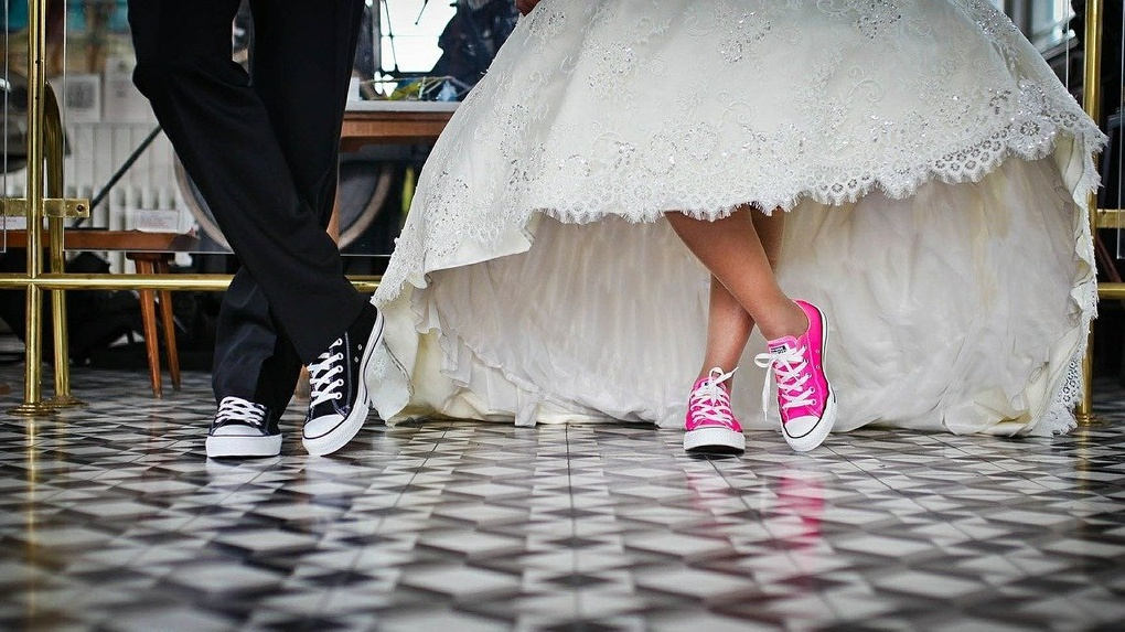 Омич, который изрезал молодоженам лица на свадьбе, сделал это от тоски и одиночества