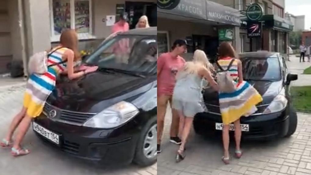 «Он ей ноги переломает»: полицейские заинтересовались скандалом водителя и пешехода в центре Новосибирска