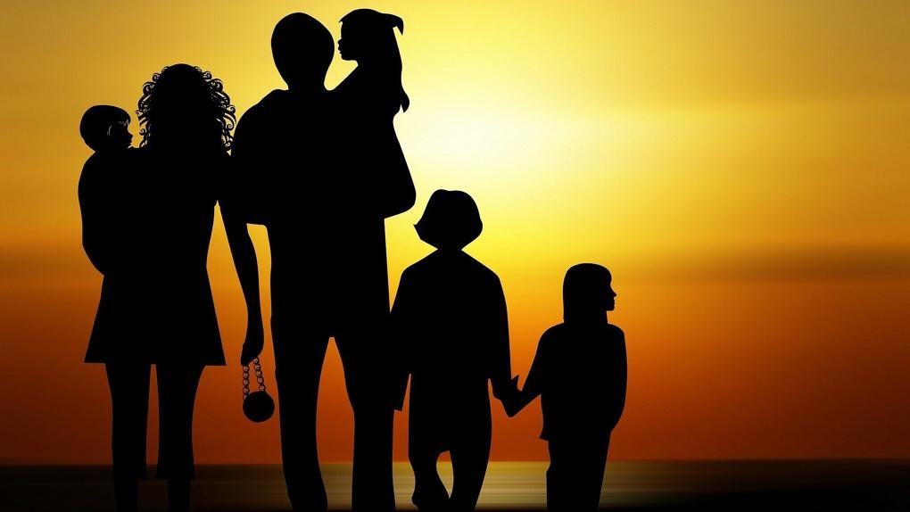 В семье жителей Омской области родился тринадцатый ребенок