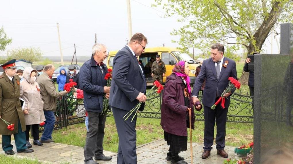 Покоится в Австрии: жительница Новосибирской области спустя 75 лет нашла могилу брата, погибшего на войне