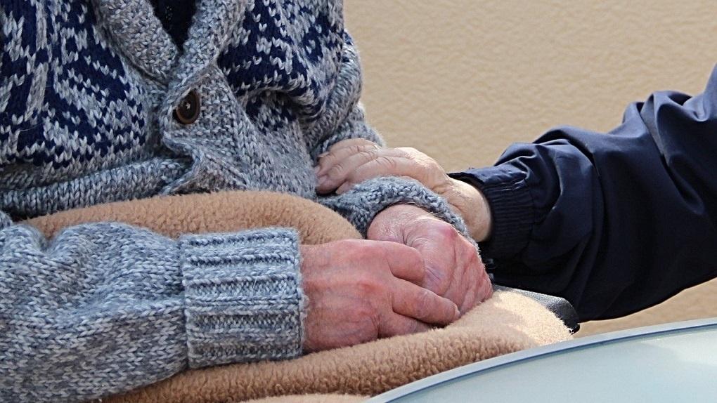 В Новосибирске закрыли аварийный дом престарелых