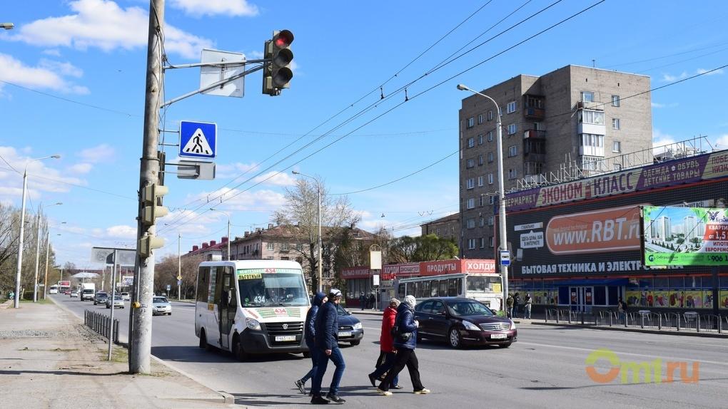 Омич обещал пожаловаться Путину на отсутствие дорожной разметки