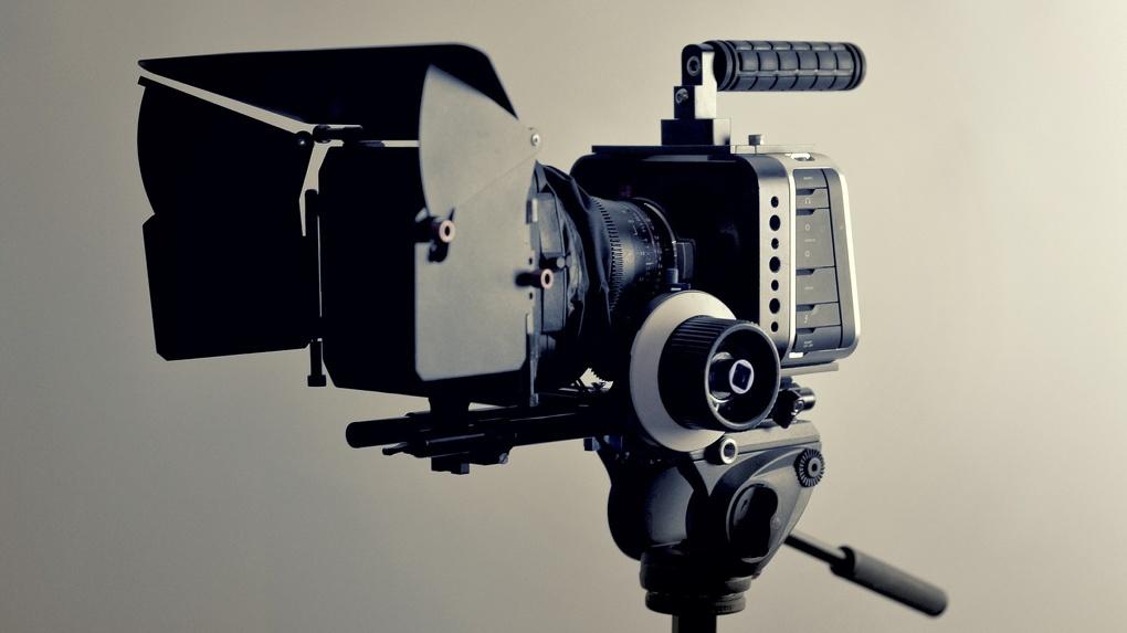 Голосуем светом фар: в Омск приедет фестиваль уличного кино