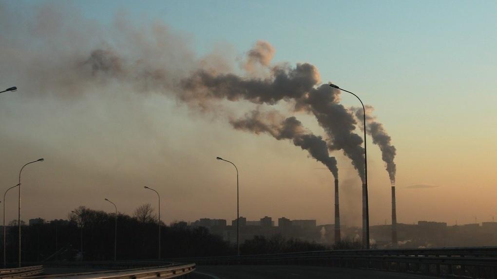 Газ с резким запахом скопился в атмосфере Новосибирска