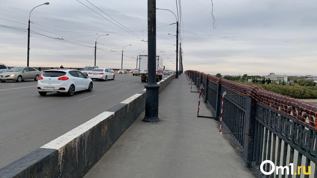 В Омске из-за ремонта перекроют Ленинградский мост