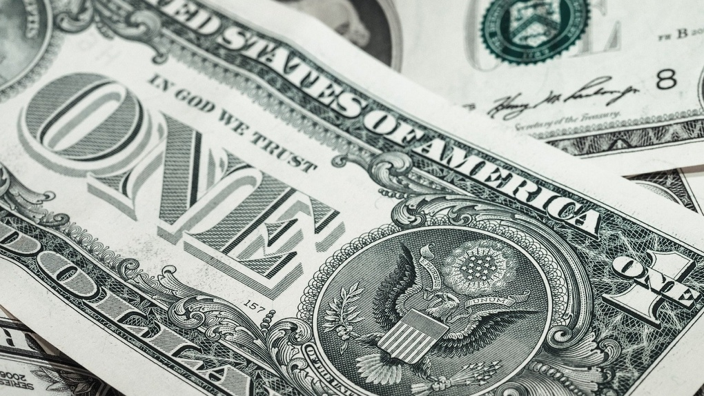 В Новосибирске курс евро подскочил до 95 рублей
