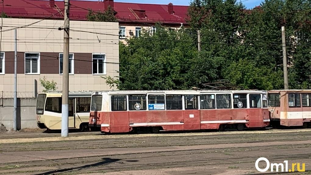 В Омске построят трамвайное кольцо и проложат пути на мостах