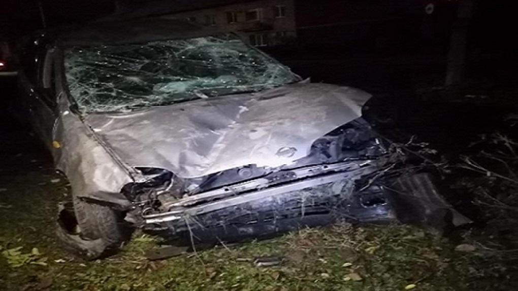 Ночная авария под Новосибирском унесла жизни двух человек