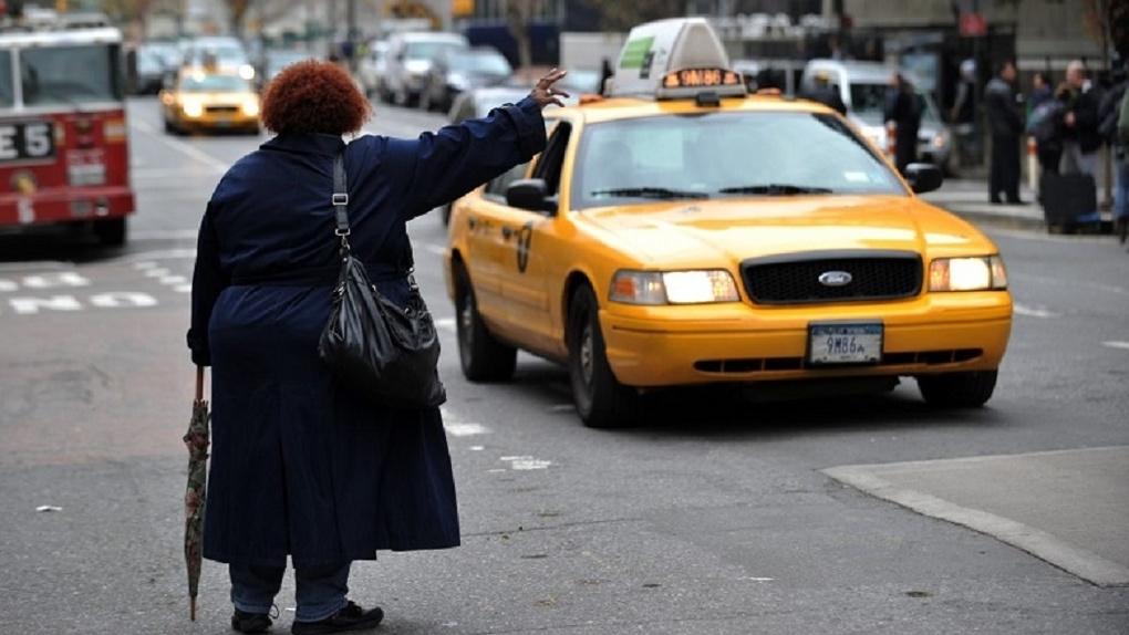 «Мегаполис» объявил о наборе в штат таксистов с опытом работы