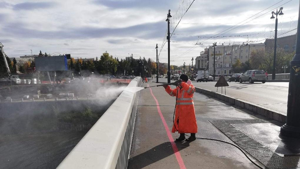 В Омске на подготовку мостов и подземных переходов к зиме потратят 3 млн рублей