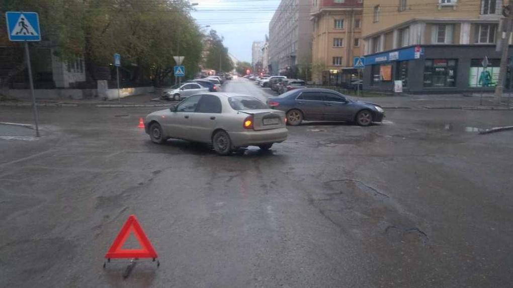 Пятимесячный мальчик пострадал в результате ДТП в Новосибирске