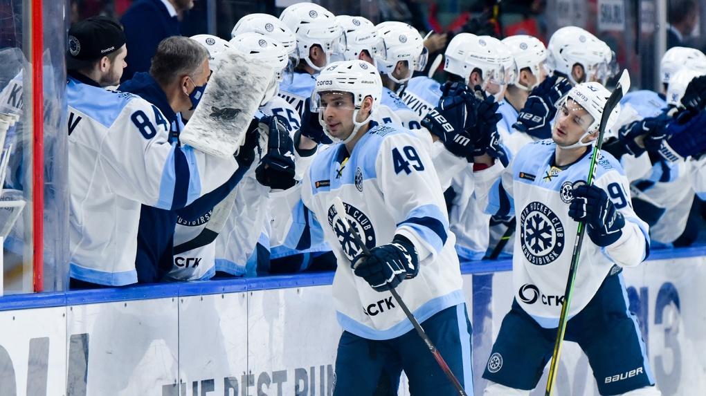 «Сибирь» обыграла СКА на чемпионате КХЛ