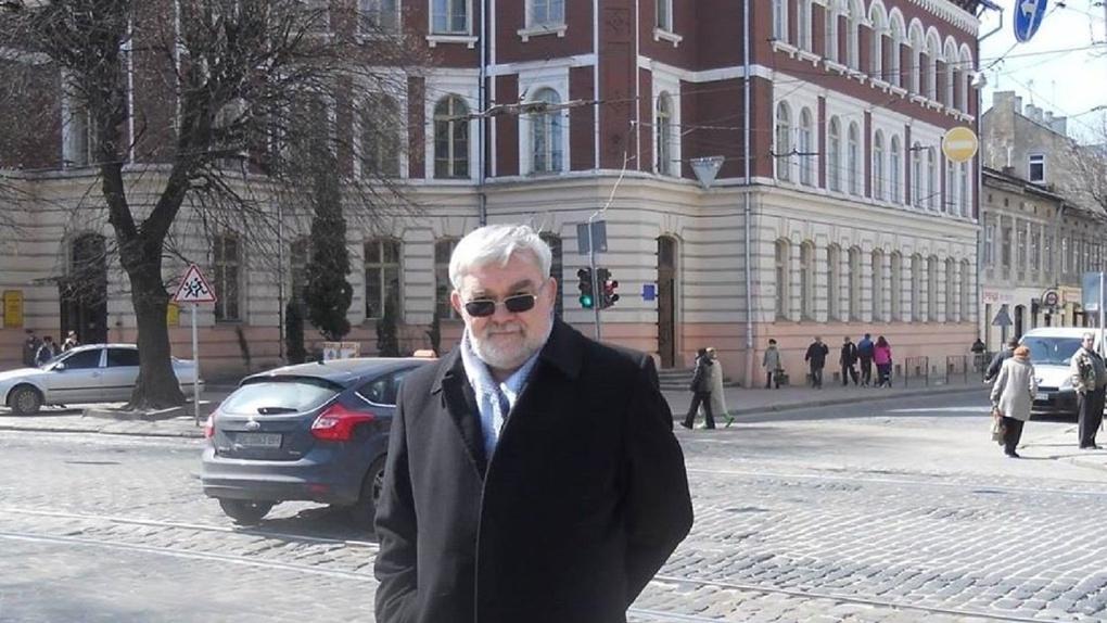 В Омске умер писатель и журналист Юрий Моренис