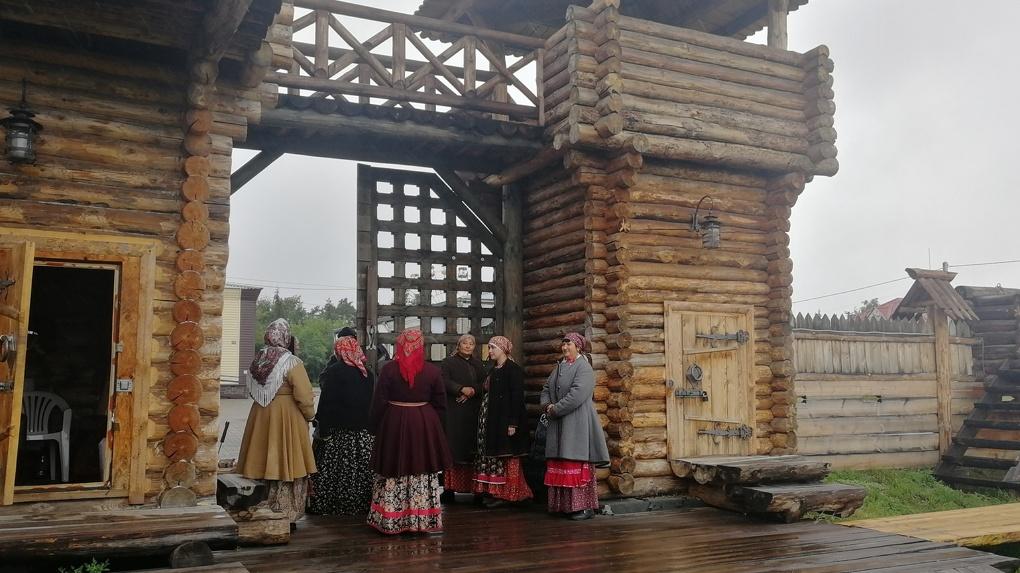 «Кружало» и «Гигантские шаги»: в Большеречье открылась новая площадка для туристов