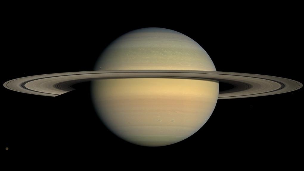 Увидеть кольца Сатурна в последний раз. Омичей ждёт ещё одно редкое астрономическое явление