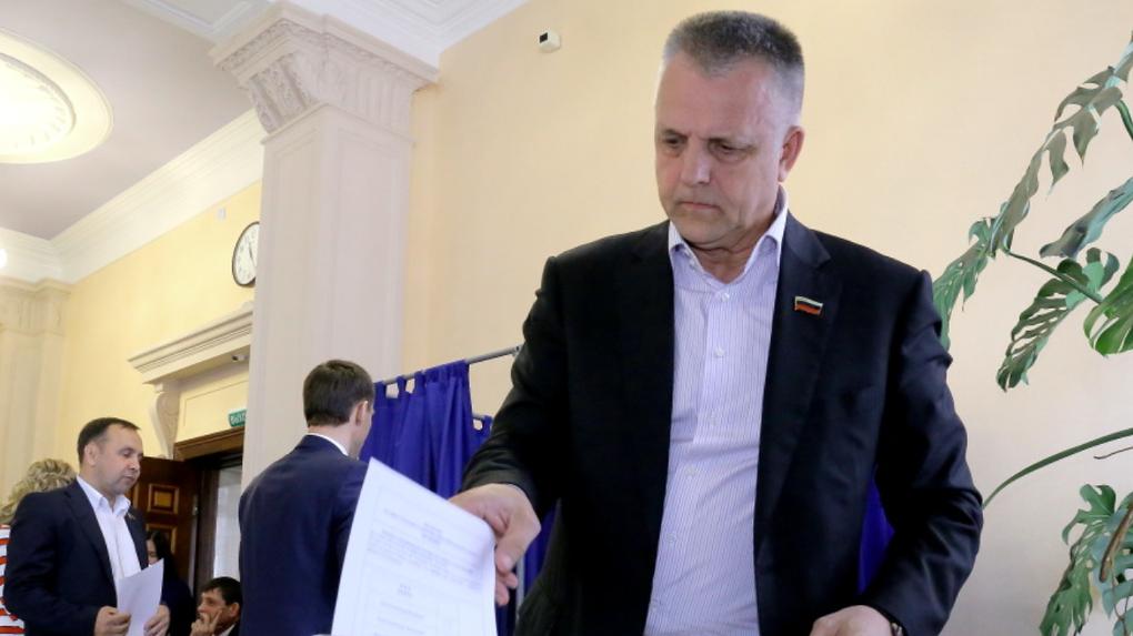 Арбитражный суд Новосибирской области принял иск о банкротстве депутата