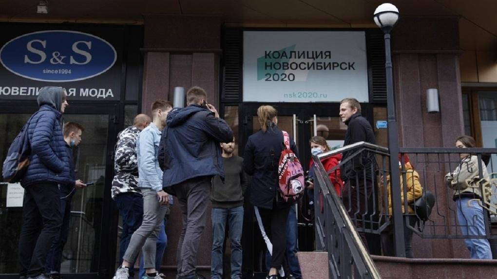 Новосибирец рассказал, как агитаторов «кидают на деньги» в оппозиционной коалиции Алексея Навального